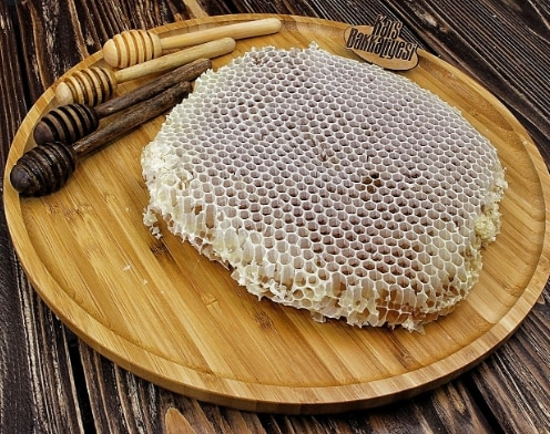 Honeycomb organic honey 1KG (Honeycomb is rich in carbohydrates and antioxidants) (heart friendly)