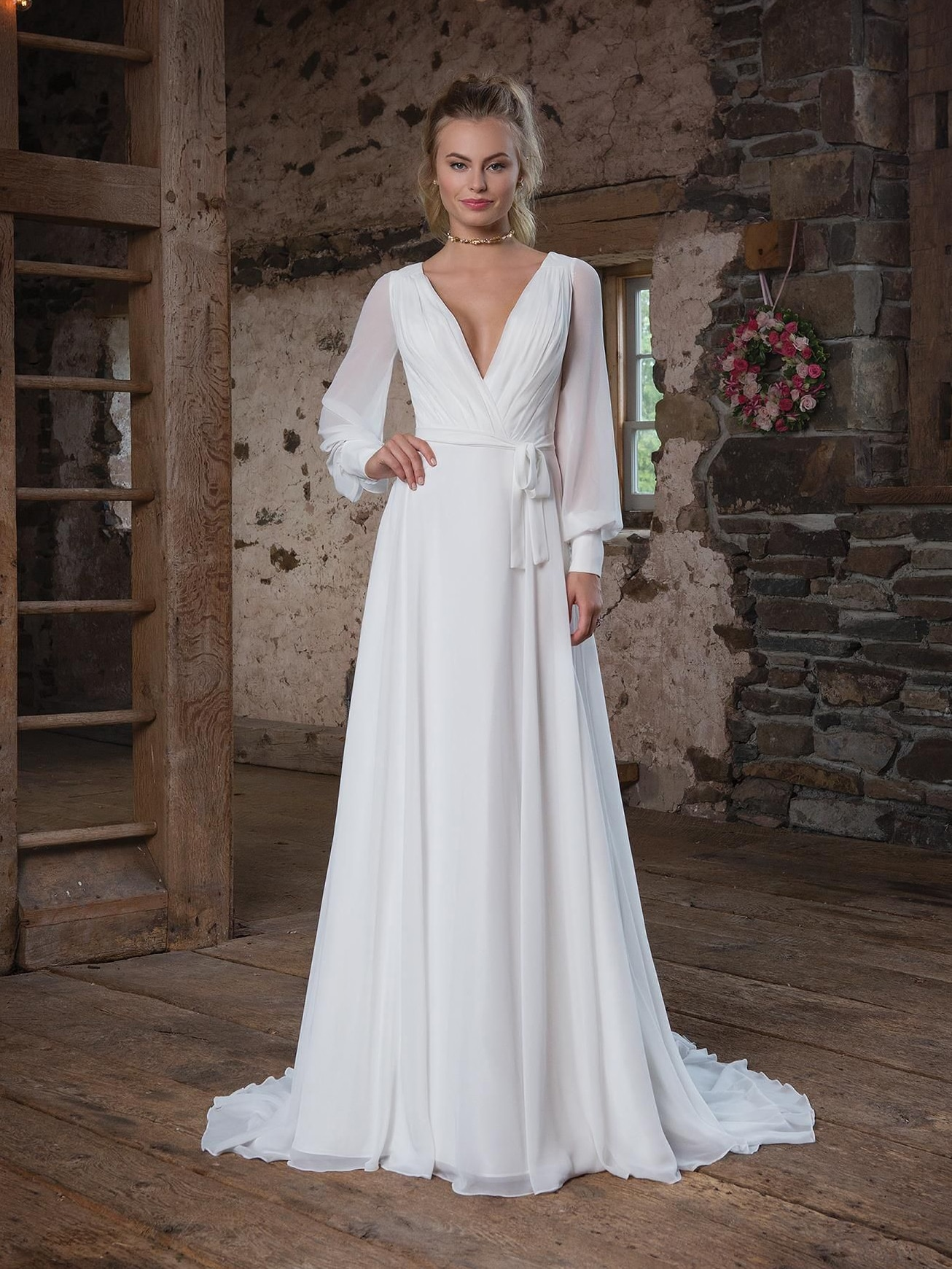 off-white-simple-elegant-pleated-chiffon-wedding-dress-long-puff-sleeves-open-back-v-neck-a-line-beach-bridal-gowns-sweep-train