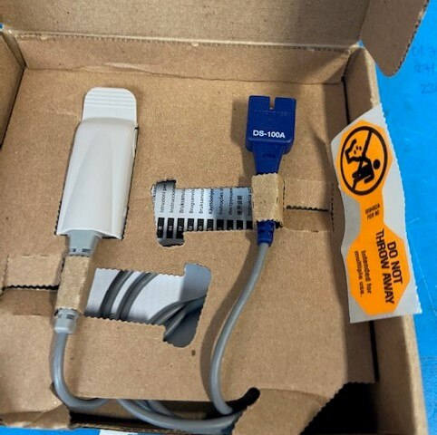 Original Nellcor DS-100A SpO2 sensor for adult finger,DB9pin, Oximax, 3ft length