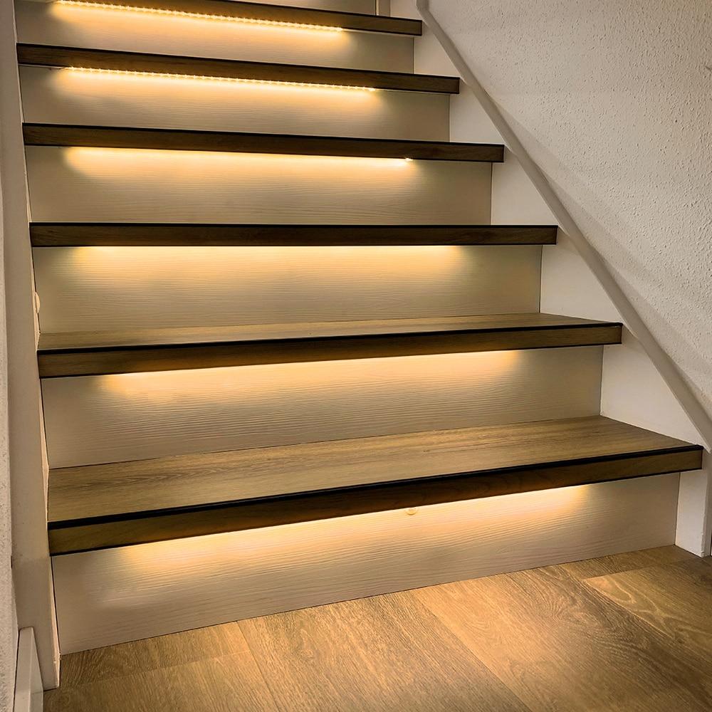 16 Steps Warm White 1.3M Stair lighting Strip-Plug and Play