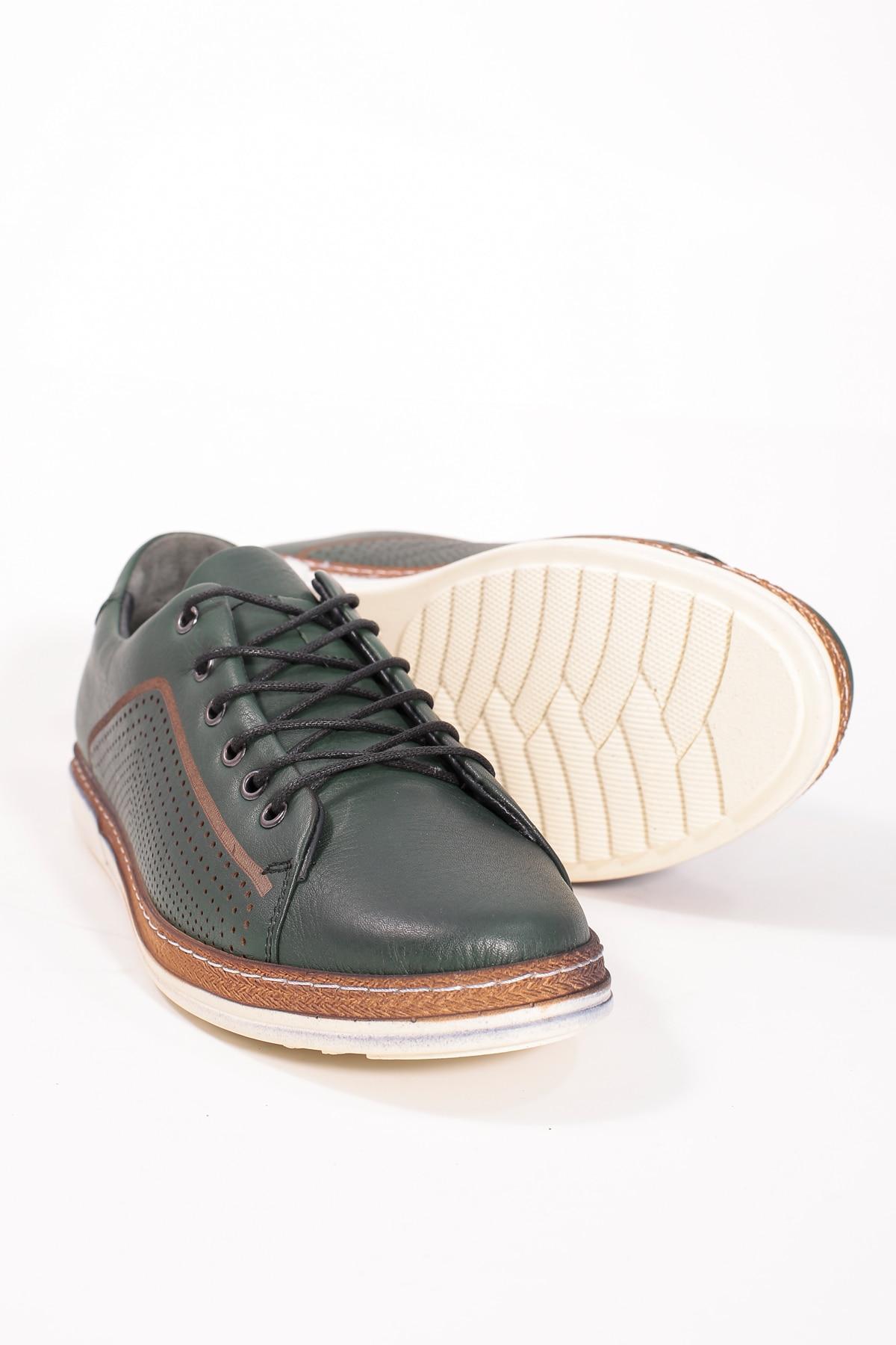 Khaki Color Lace-Up Casual Shoes casual lace up color splice skate shoes