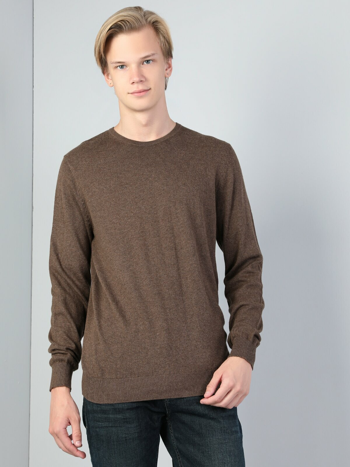 Colins Men Regular Fit Brown Sweaters Men's sweater fashion sweater outerwear,CL1023186