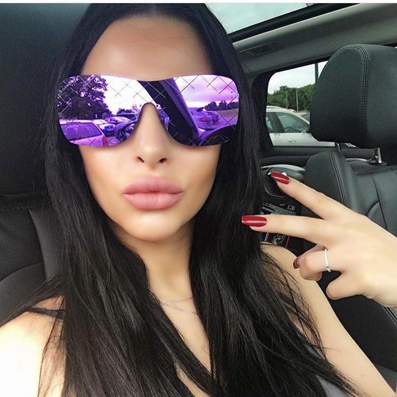 Zomer Oversized Rode Sunglassses Vrouwen Vintage Retro Vierkante Zonnebril Cleassic Italië Merk Randloze Brillen Oculos Big Shades