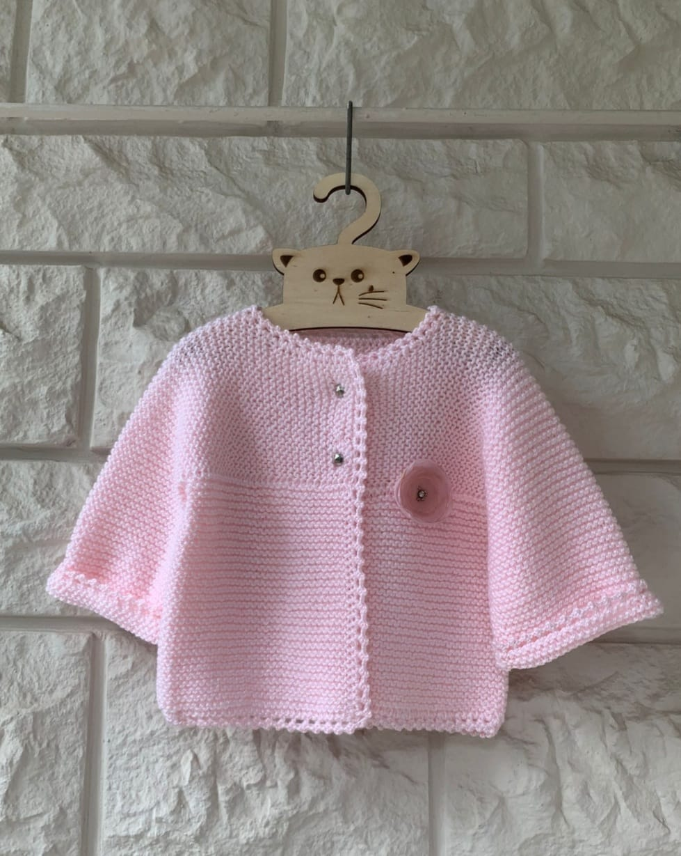 NIFTY Handmade Knitted Baby Clothes BB04
