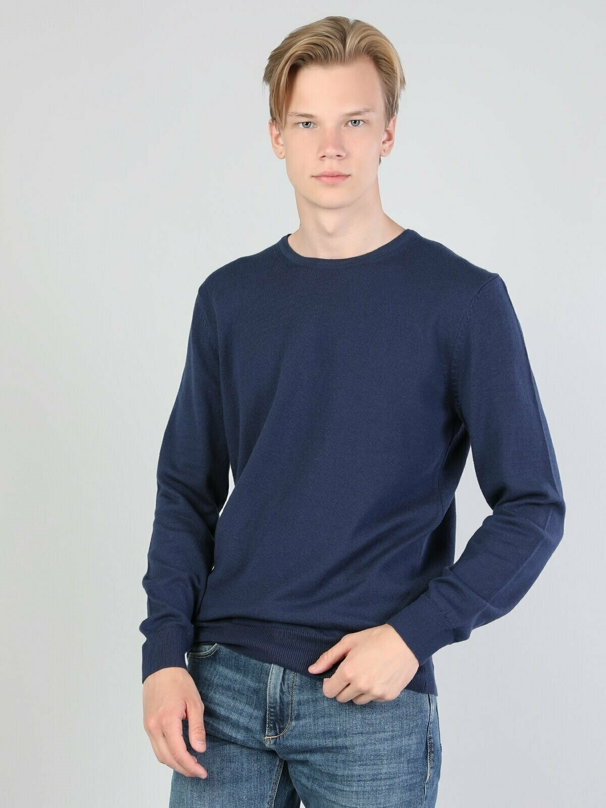 Colins Men Regular Fit Navy Heather SweatersMen's sweater fashion sweater outerwear,CL1023186