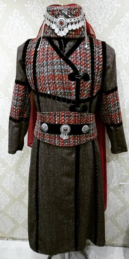 بدلة قفطان هاليمي سلطان للنساء (طقم مكون من 4 قطع) % 100 بدلة ديريليس إرتوغرل عثمانية صناعة يدوية