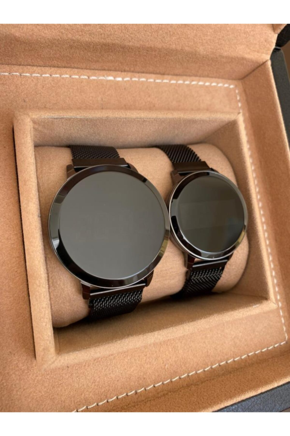 YENİ ÜRÜN Siyah Hasır Mıknatıslı Kordon Siyah Kasa Dokunmatik Sevgili Saatleri