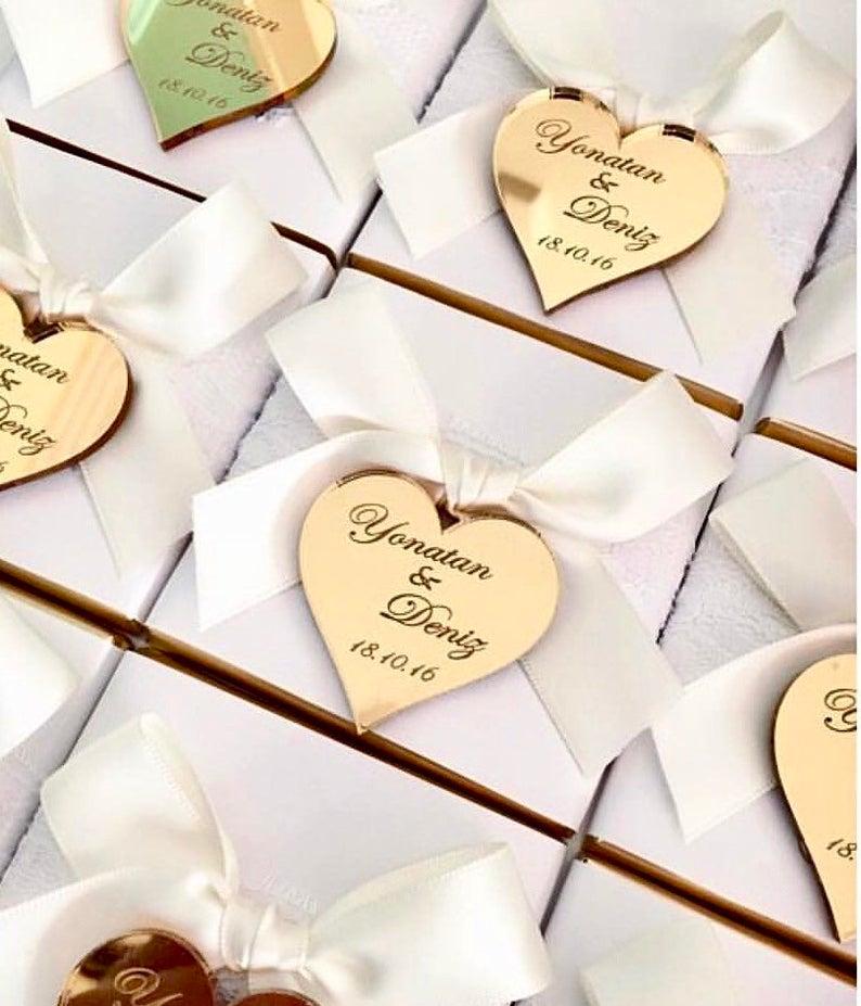 Акриловые зеркальные бирки, бирки на заказ, 20 шт., шоколадные сувениры, логотип с надписью имени, символ сердца, персонализированные акрилов...