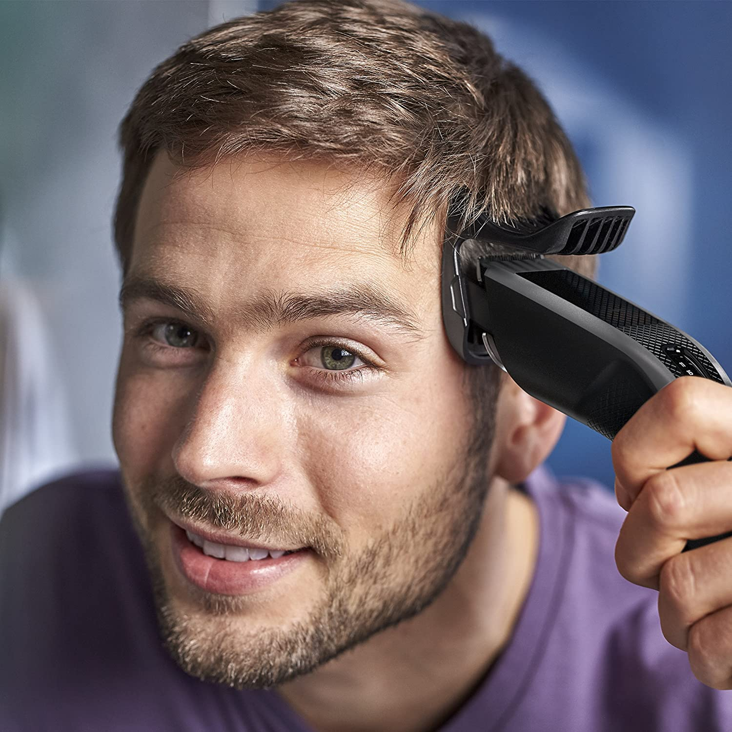Philips Series 3000 Hair Clipper with Stainless Steel Blades (Cordless) - HC3520/13 enlarge
