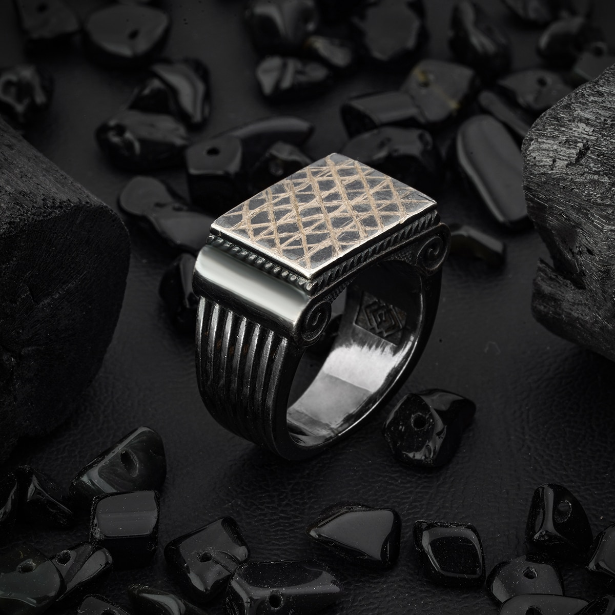 Guaranteed High-quality 925 Sterling Silver Ring Jewelry Made in Turkey in a luxurious way for men with gift