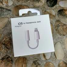 Audio Adapter cable adapter with 3,5 earphone jack Lightning/aux 3,5mm for iPhone