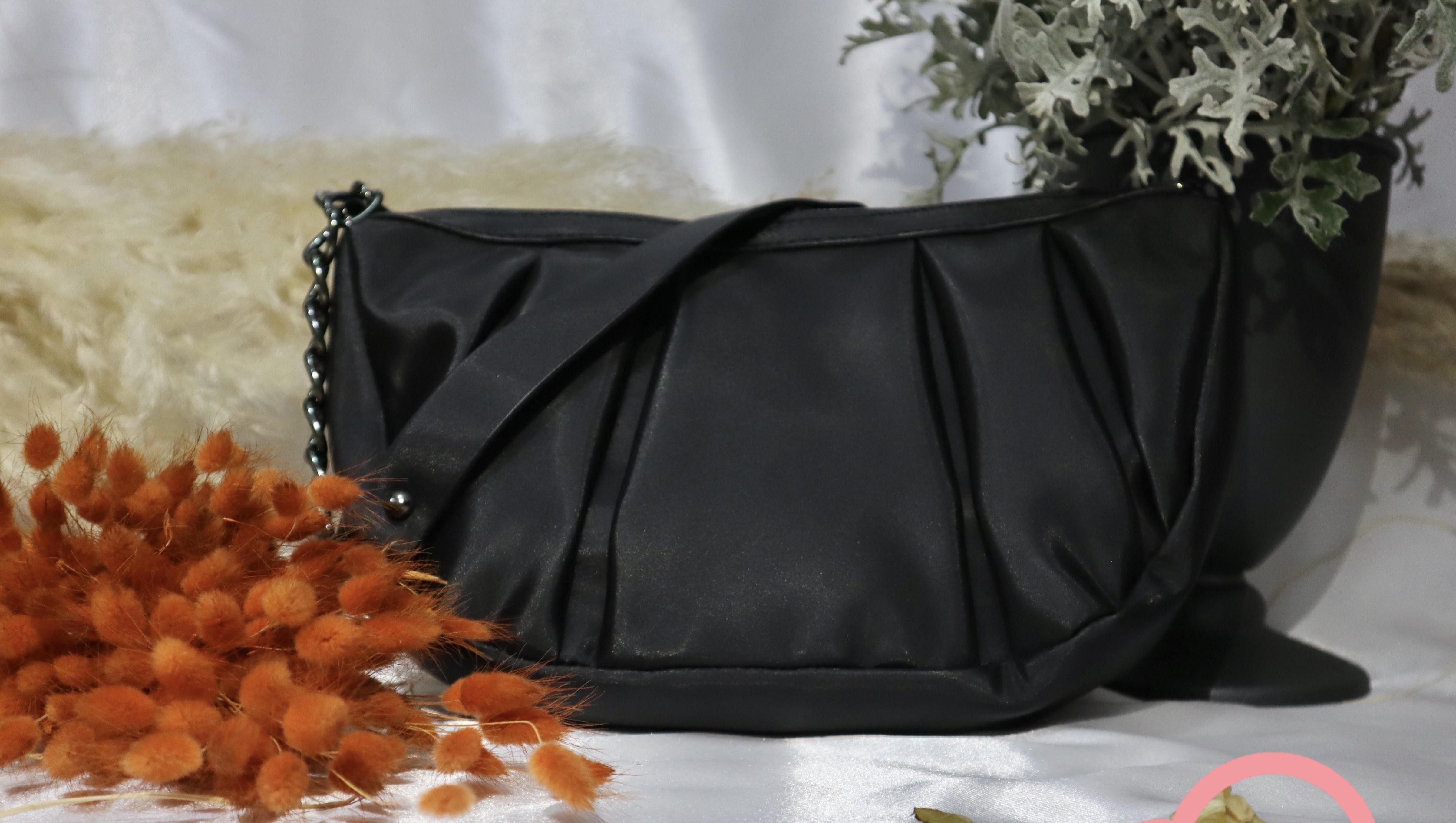Black Women's Hand And Shoulder Bag 2021