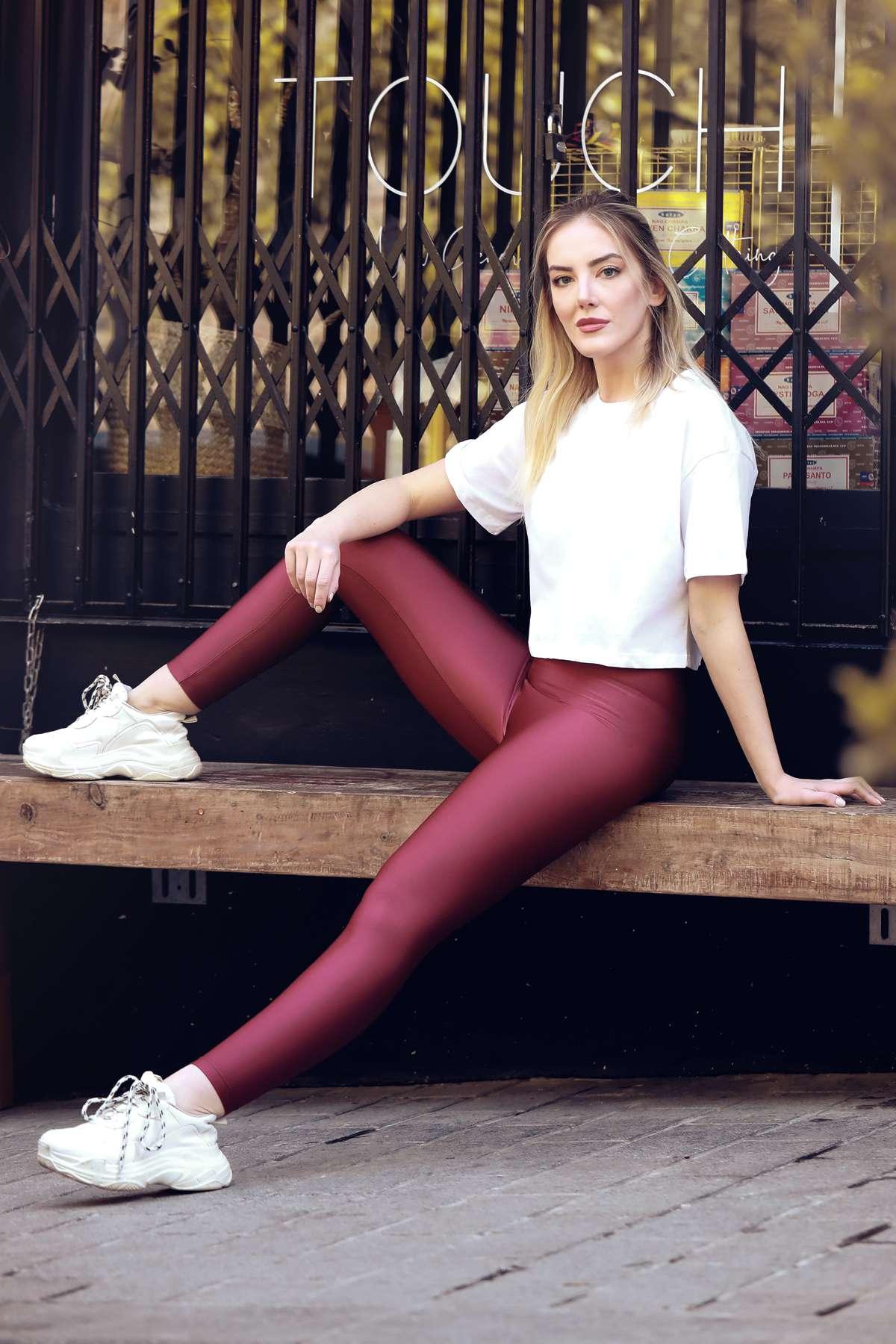 PYRO Women's Legging 4-way Stretch Fabric High Waist Slim Belt Knee-Free and Non-see-Through Fabric Custom Made for Yoga Fitness