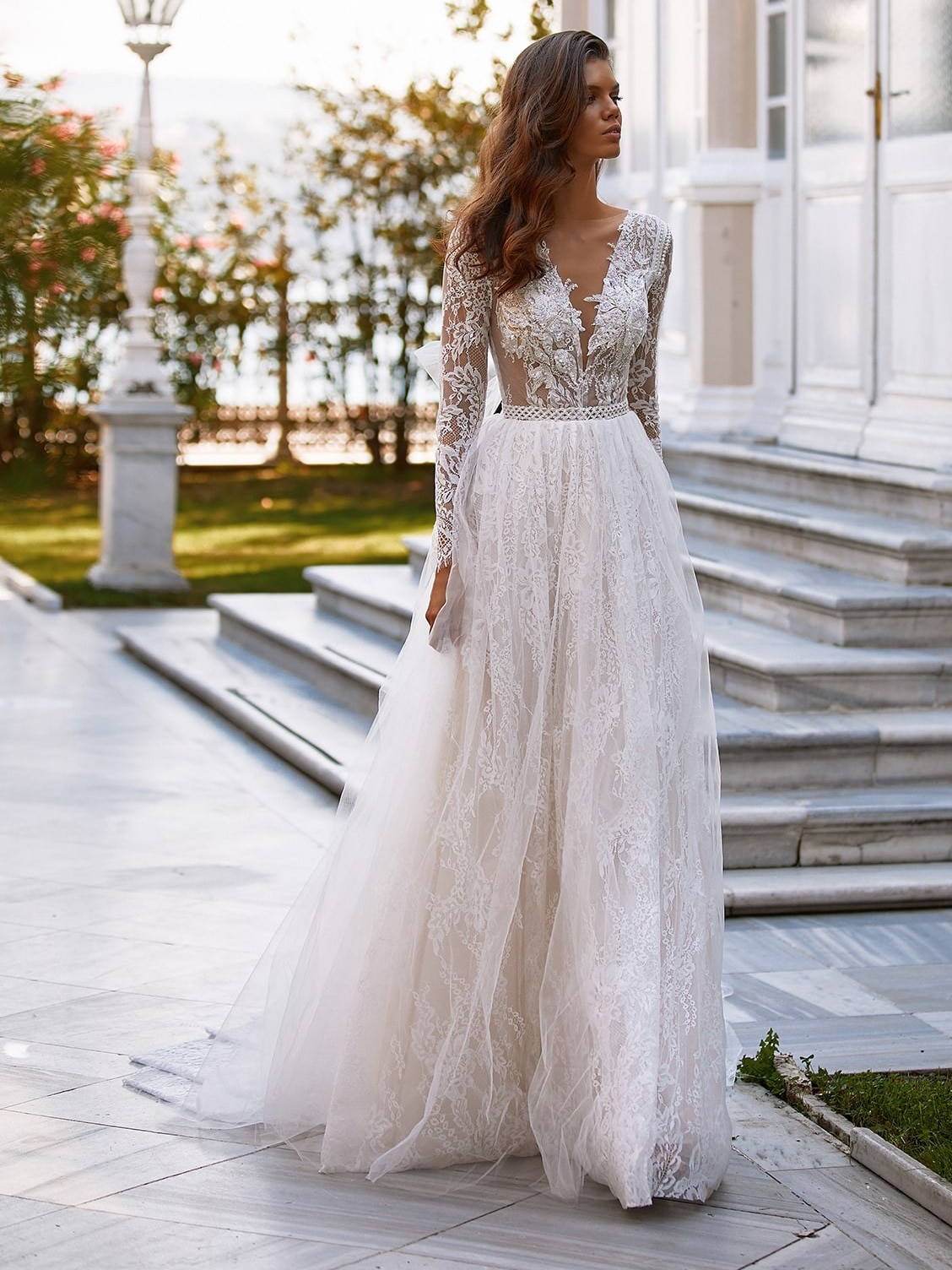 boho-lace-deep-v-neck-long-sleeves-beach-wedding-dress-2021-elegant-backless-bridal-gown-plus-size-nude-lining-factory-price