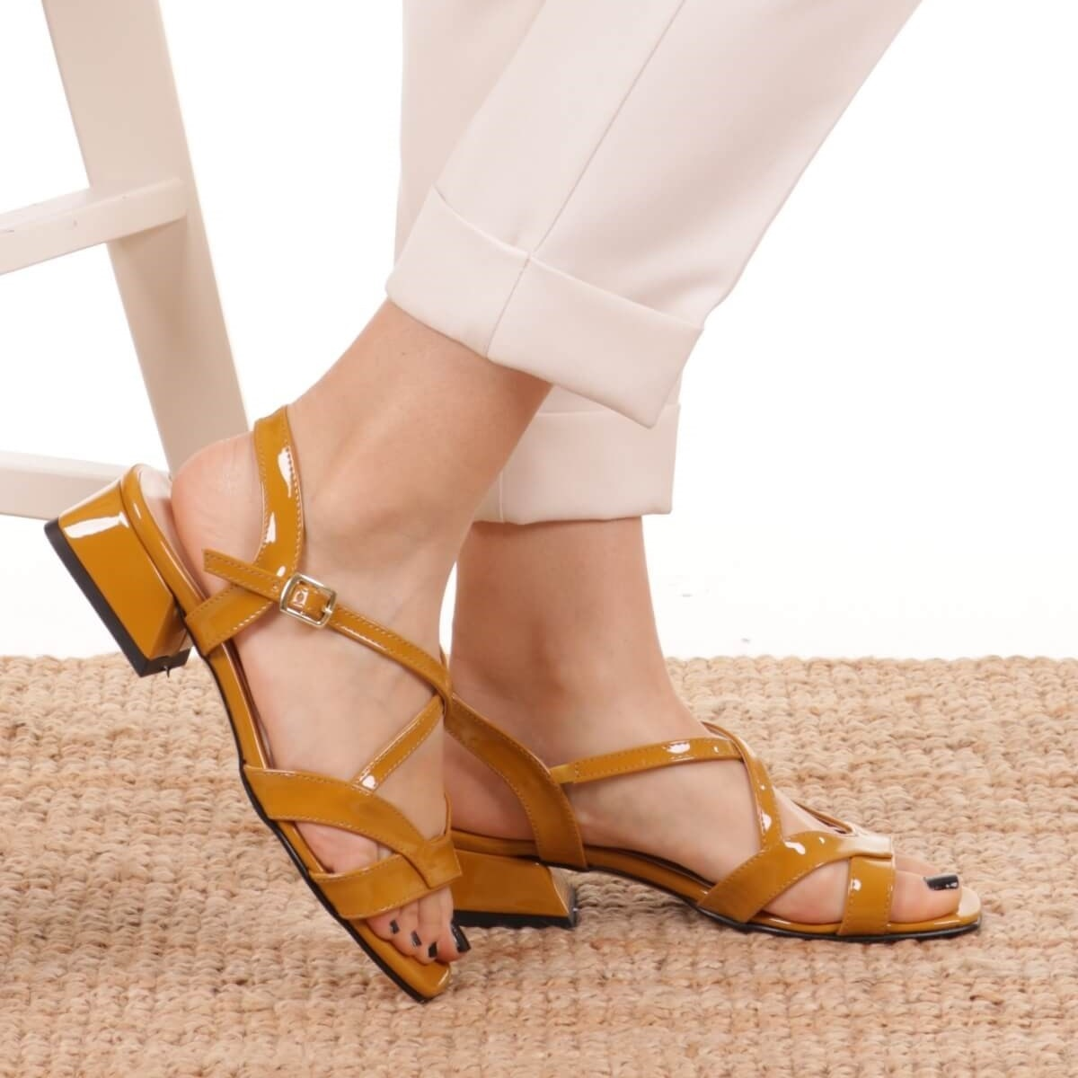 Mio Gusto Brand DORA, Black / Mustard/Powder, 3Cm Heel-height, women's Quality Sandals Shoes