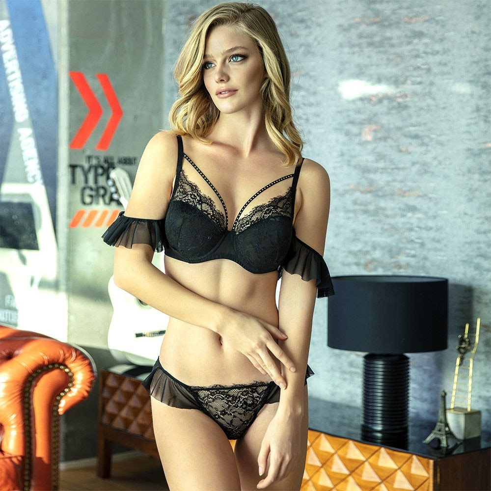 Sexy Impressive Underwire Covered Quality Drawstring Accessory Lace Bra Panty Set For Women