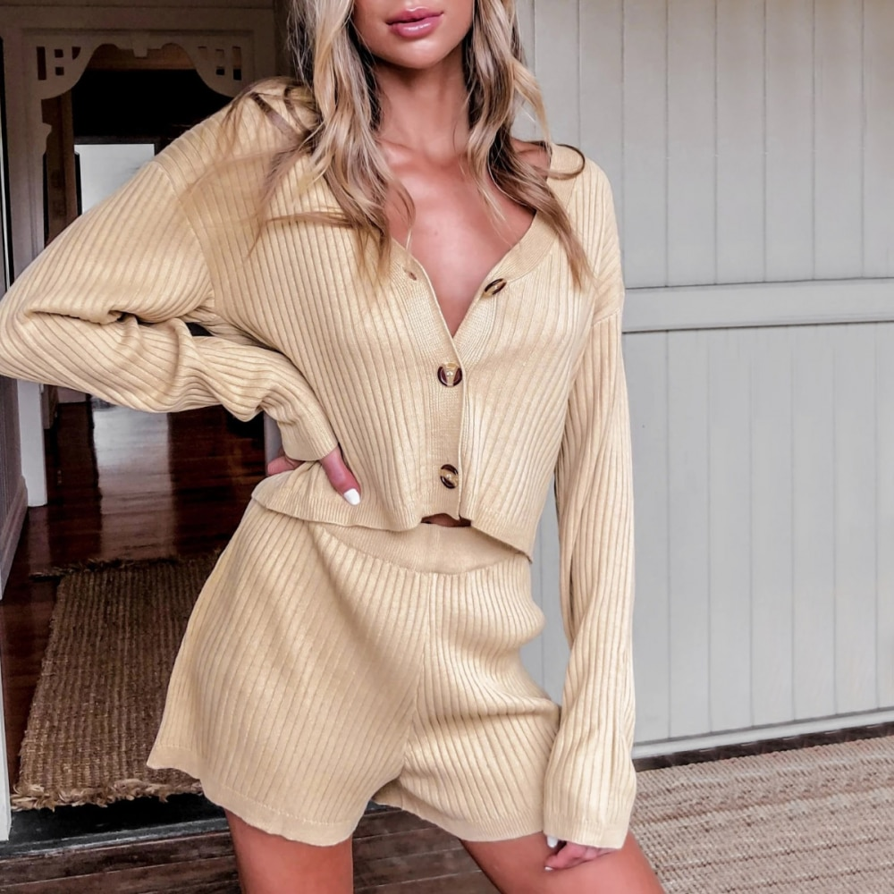 Women Lounge Wear Sets Two Piece Set Solid Color Knitted Long Sleeve Crop Tops And Loose shorts Outfit Fashion