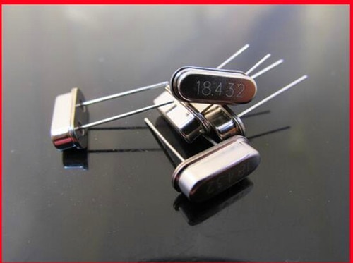 Free Shipping!! 5pcs 18.432M / 18.432MHZ crystal / HC-49S / passive line /Electronic Component