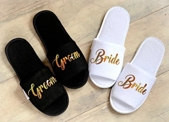Personalised roles Wedding Slippers Bride Slippers Groom Slippers custom Gold Glitter Print shoes Black slippers