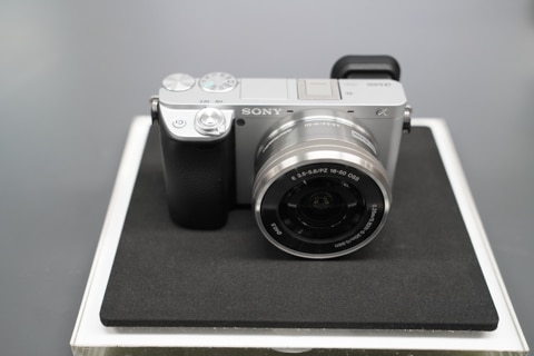 Sony Alpha A6400 A6400L Mirrorless 4K Wi-Fi cámara Digital y 16-50mm lente...