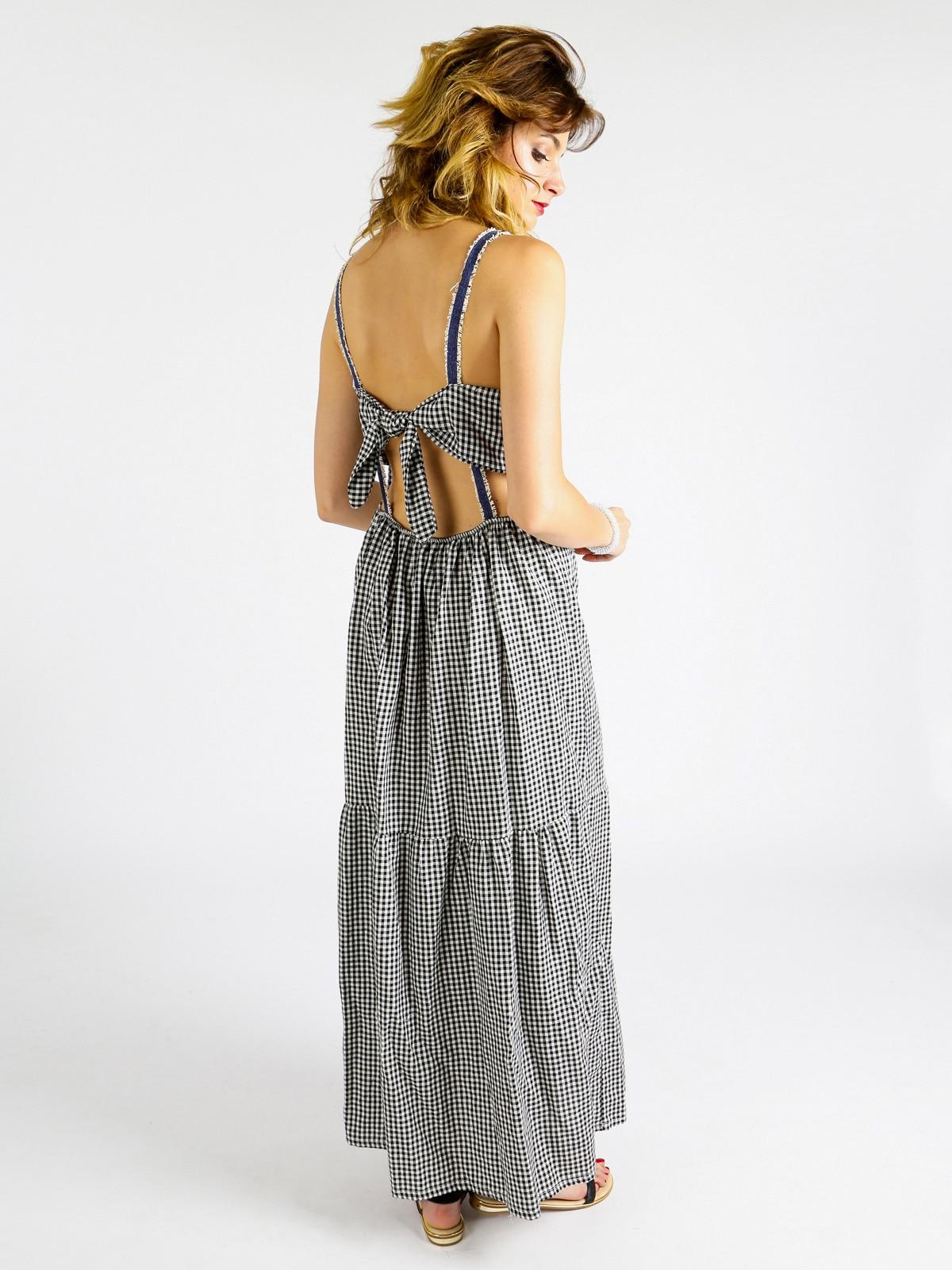Vestido largo elegante a cuadros