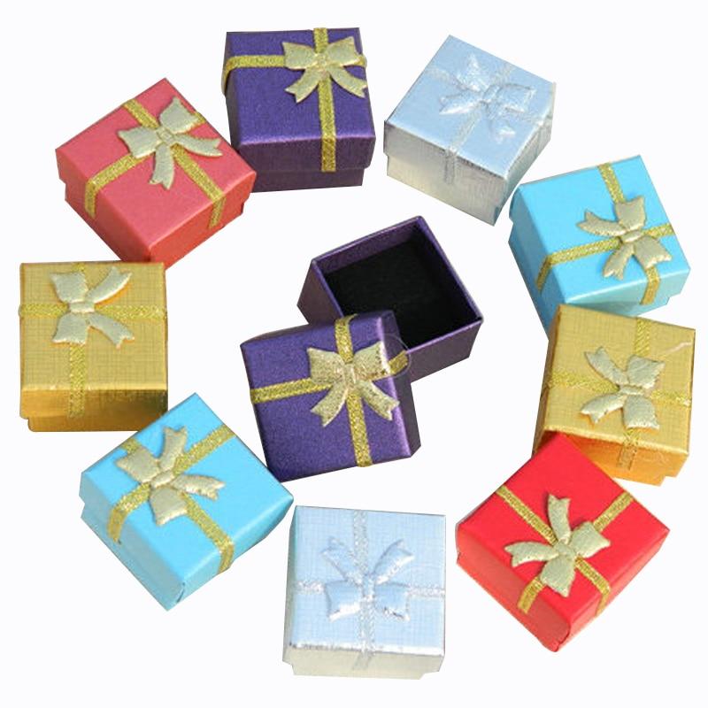 المجوهرات مربع مع الأسود الإسفنج 4x4x3 سنتيمتر مربع صغير الأقراط كرتون هدية مربع الأزياء والمجوهرات العرض منظم التغليف