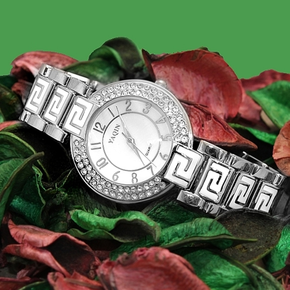 Elegant and beautiful white crystal stone female quartz watch The best gift watch for your love enlarge
