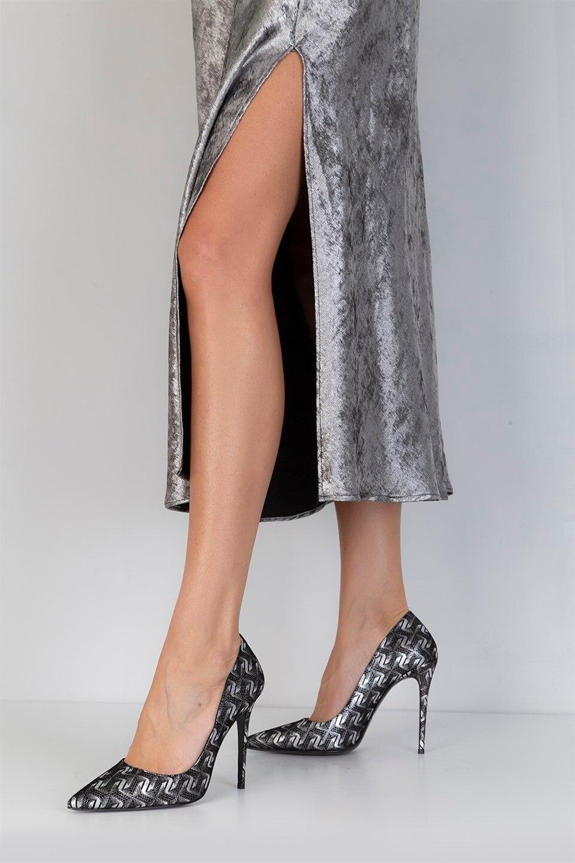 Llaveros de piel auténtica hechos a mano de ILVi, zapatos de mujer de tacón de aguja negros y plateados, zapatos de noche 2020