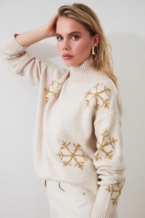 Stone Sim Beard Sweater