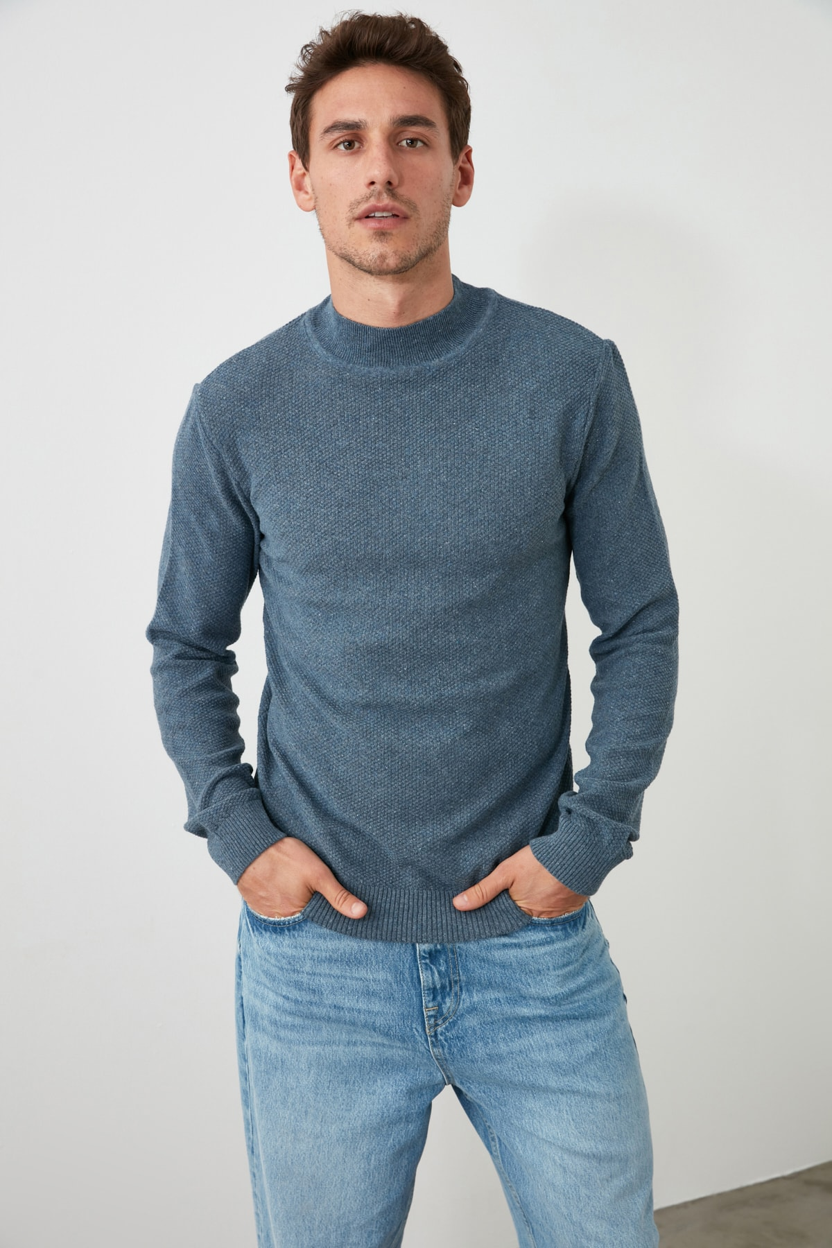 Trendyol Male Half Turtleneck Textured Knitwear Sweater TMNAW20KZ0916