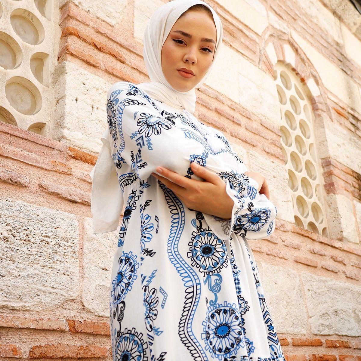 فستان بتصميم محبب بياقة ممزقة فستان إسلامي تركي موضة إسلامية ملابس إسلامية دبي استانبولستايل اسطنبول 2021