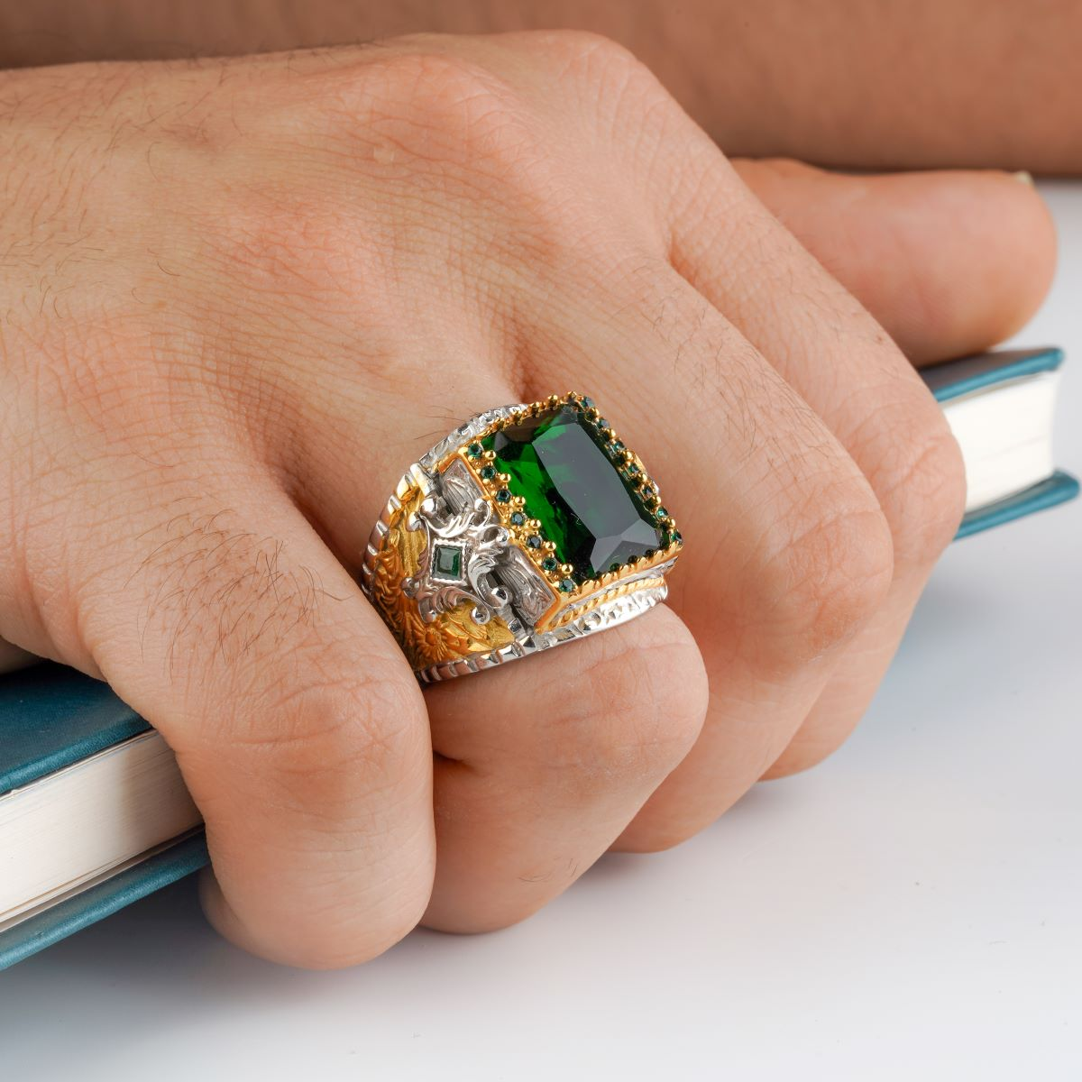 custom Jewelry Guaranteed High-quality 925 Sterling Silver zircon stone ring   green color  in a luxurious way for men with gift