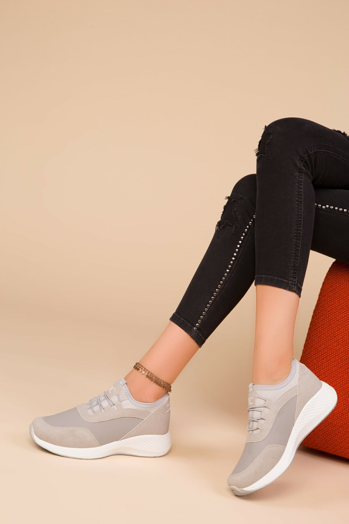 Women Casual Shoes Fashion Breathable Walking Mesh Flat Shoes Woman White Sneakers Women 2021 Tenis