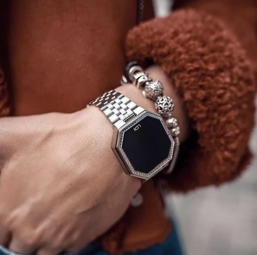 Up Watch Women Luxury Digital Wrist Watch Trend 2021 Showy Gold Silver Rose Gold Color Jewelry Kombin Bracelet Watch enlarge