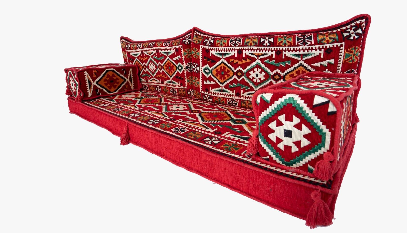 طقم جلوس عربي للأرضية ، طقم صالة عربي بتصميم تقليدي ، أريكة غرفة المعيشة ، مجلس عربي ، أريكة عثمانية وبساط