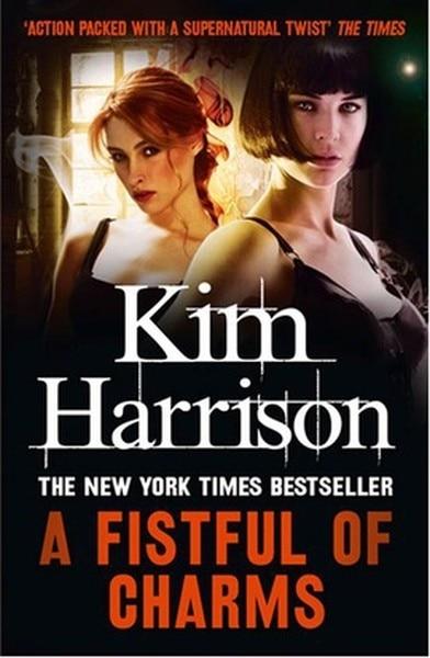 Un montón de encantos de Kim Harrison matiz (turco)