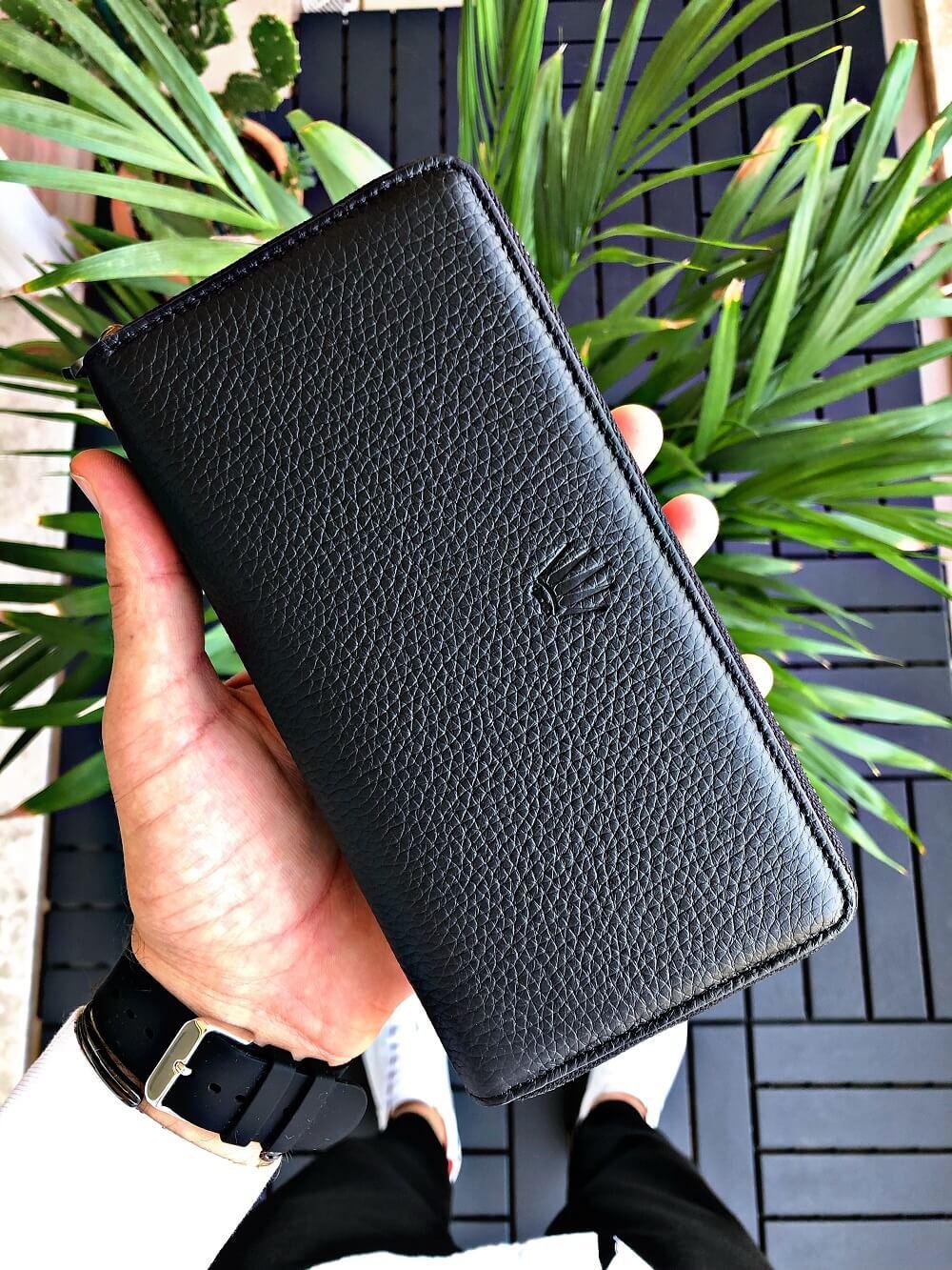 محفظة هاتف من الجلد الطبيعي من Broklyn