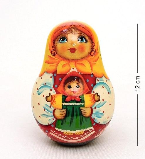 Nevalyashka girl with a doll (Pereslavl)