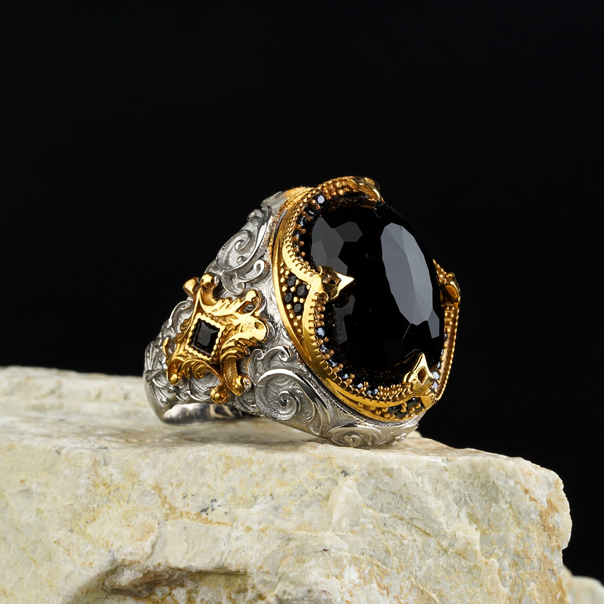 custom Jewelry Guaranteed High-quality 925 Sterling Silver zircon stone ring  design  in a luxurious way for men with gift