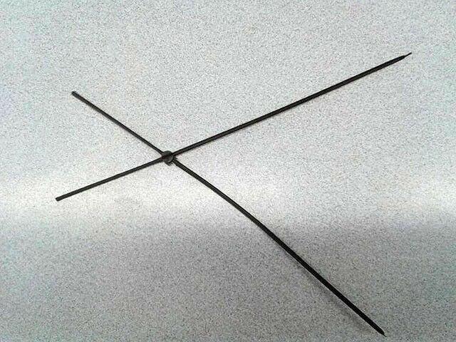 Crucetas Montadas Plástico SILVESTRISMO 2 UNIDADES