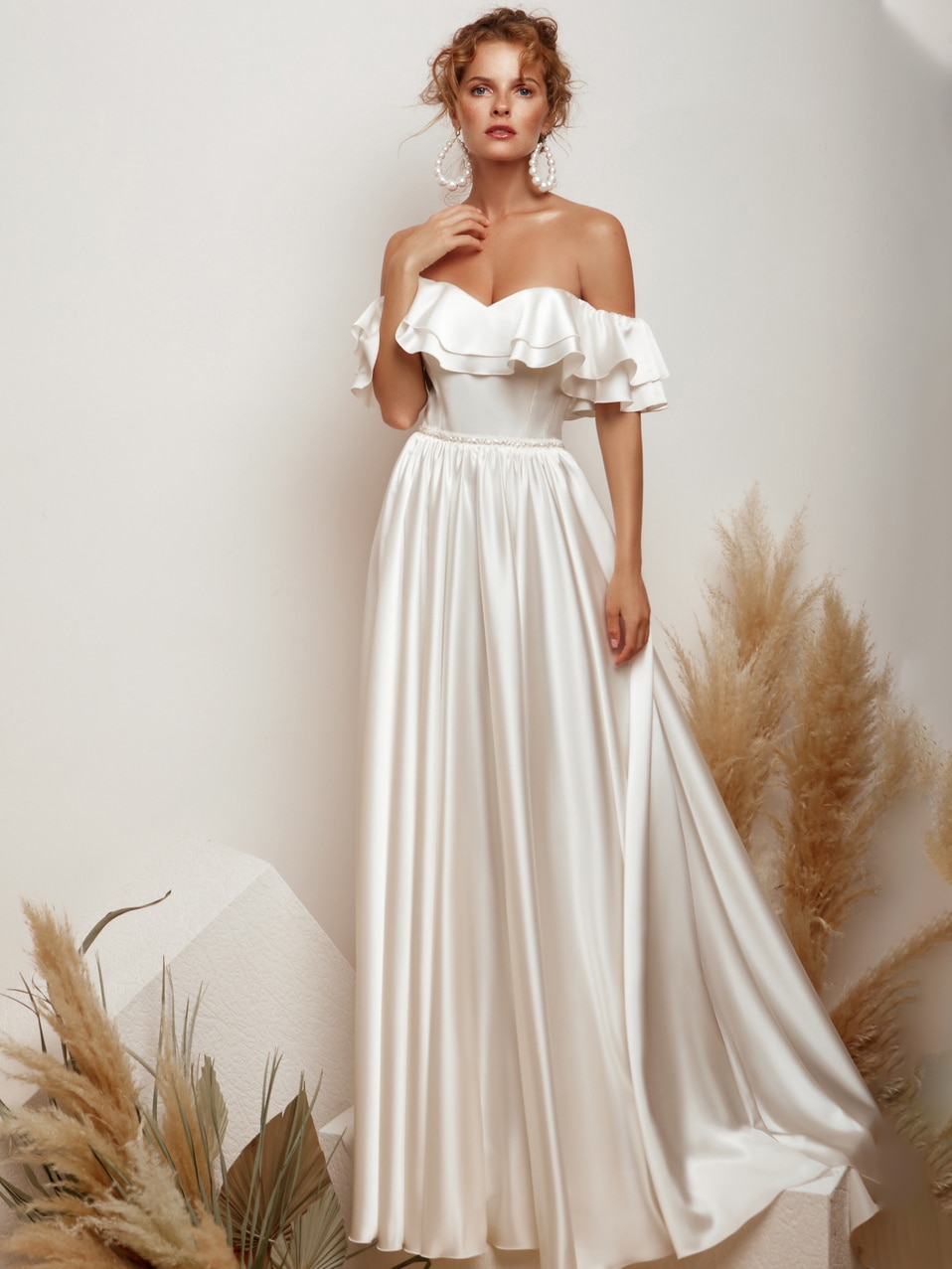 ruffled-satin-off-the-shoulder-wedding-dress-vintage-a-line-custom-made-lace-up-beads-2021-plus-size-elegant-elegant-bridal-gown
