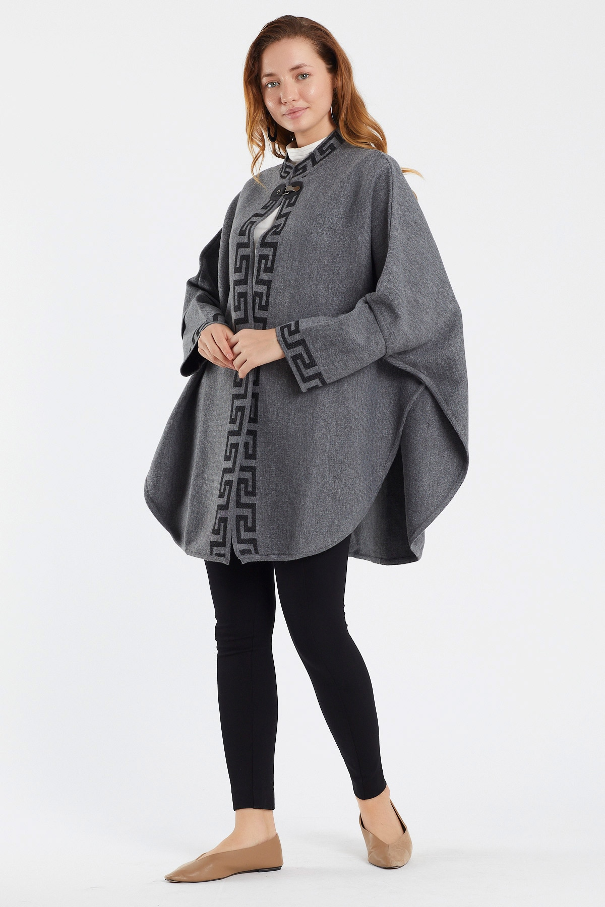 Women's dress Shawl Wrap Knitted capes and Poncho – BTS top Oversized hoddie Cardigan  Open Front Tassel Cape for Winter enlarge