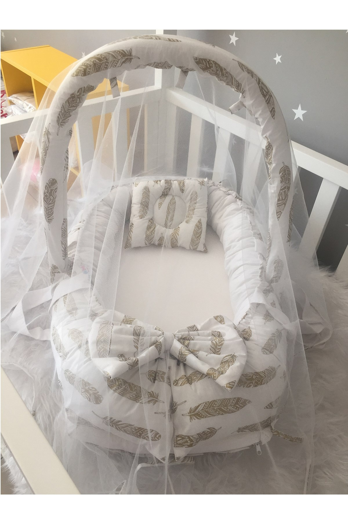 Jaju Baby Handmade Gold Feather Patterned Mosquito Net and Toy Hanger Luxury Design Babynest