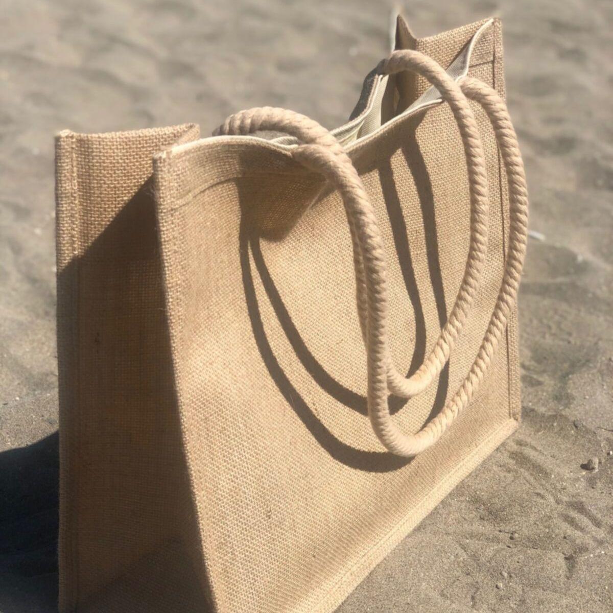 حقيبة شاطئية منسوجة من القش حقيبة شاطئية كبيرة واسعة وداخلية جيب حقيبة شاطئية أنيقة ومريحة يمكن أن تناسب 2-3 مناشف كبيرة Now V