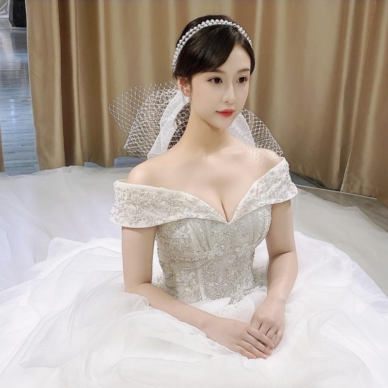 hechos-a-mano-nuevos-de-perla-tocado-de-aro-para-el-pelo-de-novia-accesorios-de-la-boda-foto-estudio-foto-de-boda-brigada-a-tocado
