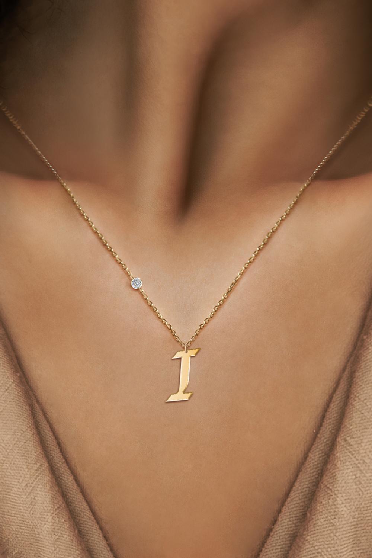 قلادة حرف I من الذهب عيار 18 قيراط للنساء ، هدية مجوهرات بسيطة على الطراز الأوروبي والأمريكي