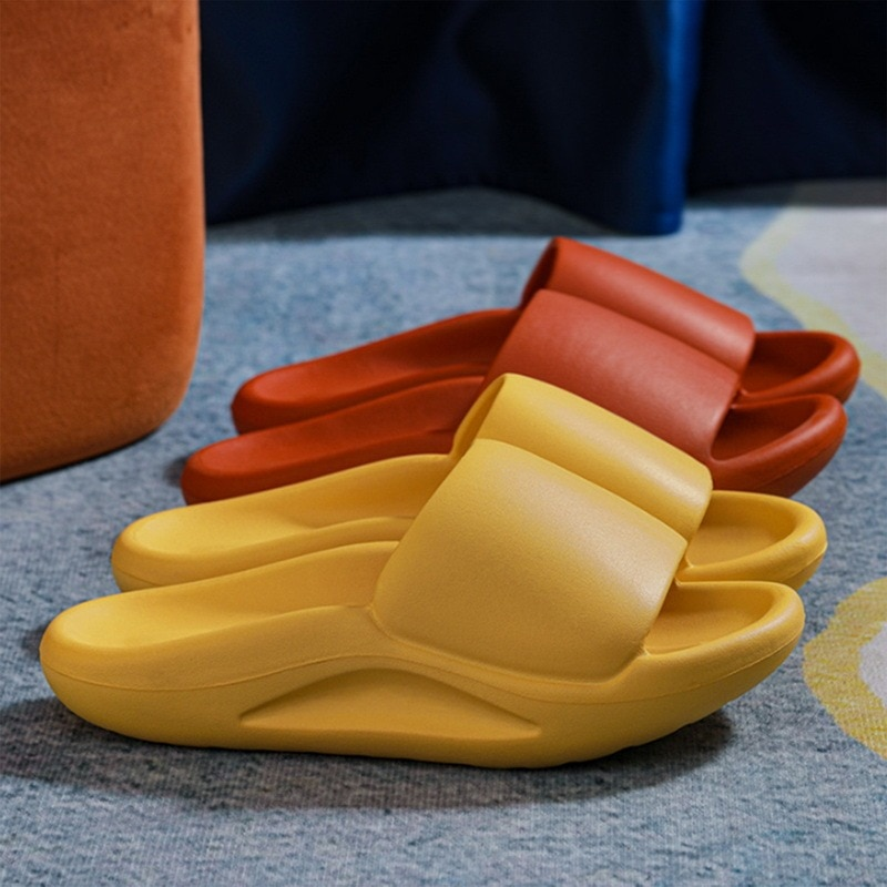 Indoor comfortable soft slippers Men women Non-slip bathroom home shoes Flat EVA Thick sole Slides Women's sandals